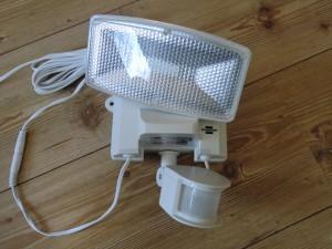 Solar LED Strahler Test - Brennenstuhl SOL80 plus - verdreht